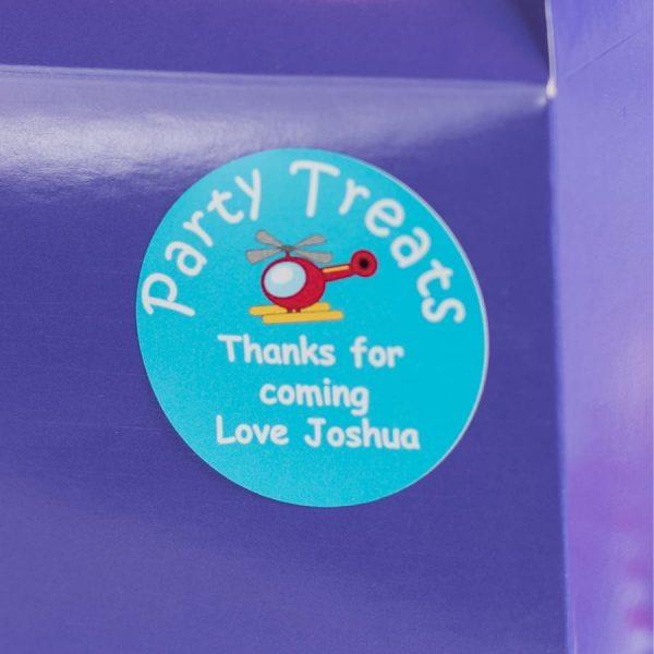 PARTY TRERT BOX CLOSE UP